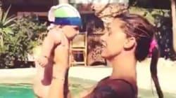 Belen Rodriguez e Santiago De Martino: su Facebook il bagnetto del piccolo con la mamma