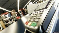 Frais d'utilisation pour paiement par débit, une pratique
