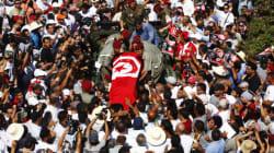 Tunisie : marée humaine à l'enterrement de Mohamed