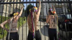 Trois Femen enlevées pendant la visite de Poutine à