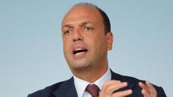 La conferenza stampa di Angelino Alfano