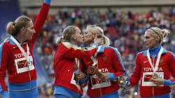 Le baiser de ces deux athlètes russes ne va pas plaire à