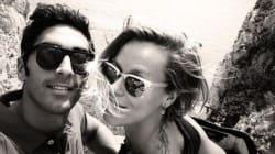 Federica Pellegrini e Filippo Magnini: vacanze a Capri. Giro dell'isola in motorino