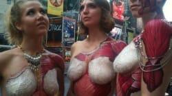 Le bodypainting «anatomique» exhibe le dedans, dehors