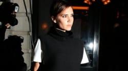 I vip all'evento organizzato da Vogue a Londra. Victoria Beckham fa il suo ingresso alla London fashion week