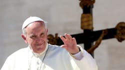 Pape François: il faut accompagner les homosexuels et divorcés avec