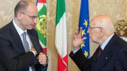Giorgio Napolitano frena Enrico Letta: congelate le dimissioni dei ministri Pdl, chiarimento in