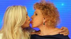 Mara e Ornella... mischiano il lucidalabbra