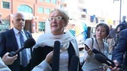 Québec met l'abolition des commissions scolaires sur la