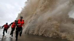 L'impressionnant typhon Fitow frappe la
