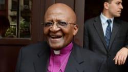 Desmond Tutu a reçu un pingouin pour ses 82