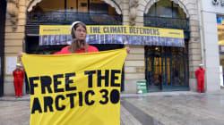 Russie: les charges contre l'équipage de Greenpeace ont été