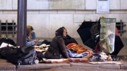 France Inter distribue des smartphones à des SDF pour qu'ils tweetent leur