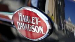 Le pape vend sa Harley-Davidson aux