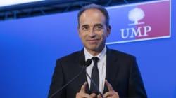 Inventaire Sarkozy: Copé plébiscite le bilan, un sondage le