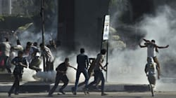 La police affronte des manifestants dans une université du