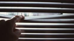 Un Torontois accusé d'avoir filmé sa locataire, nue, à son