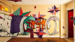 Un edificio abbandonato di Parigi diventa una galleria d'arte