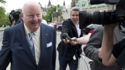 Le sénateur Mike Duffy a remis des courriels à la