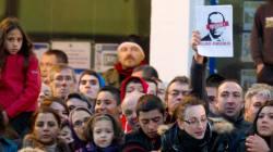 Hollande hué: le FN rejette toute
