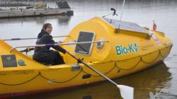 Le bateau de Mylène Paquette est exposé au Palais des congrès de
