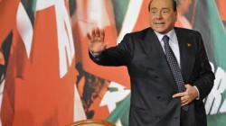 La decadenza fa bene a Forza Italia: gli azzurri crescono di tre