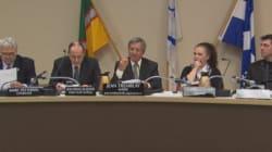 Saguenay: de l'opposition à la prière et aux conseils tenus le