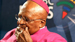 Desmond Tutu est bouleversé par la mort de