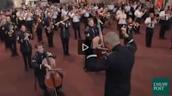 La US Air Force organizza un flashmob al National Air and Space