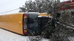 Accident à Saint-Gabriel-de-Valcartier : un chauffeur d'autobus scolaire perd la