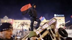 Ukraine: opposition et pouvoir mobilisent leurs troupes pour