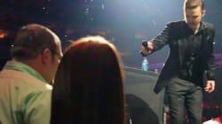 Justin Timberlake arrête son concert pour aider un
