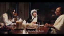 Madre Teresa, Gandhi e Gesù si siedono ad un