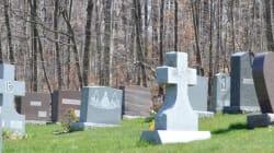 『終活』ブームは業界の煽り? 日本の葬儀の変化に海外メディア注目