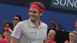 Federer surprend avec un smash inattendu