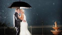 De belles photos de mariage, même par mauvais temps
