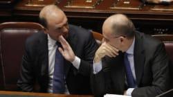 Alfano, coperto da Letta, minaccia la crisi di governo per far saltare l'accordo tra il Cav a Matteo e per impantanare
