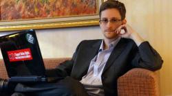 Snowden affirme que la NSA sert aussi des intérêts