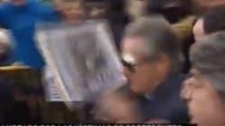 'Pancartazo' a Blesa en la puerta del juzgado