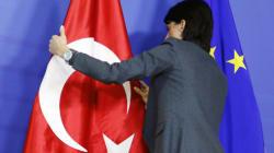 Pourquoi la visite de Hollande en Turquie ne pouvait pas plus mal
