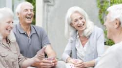 On sait pourquoi les personnes âgées sont (parfois) un peu