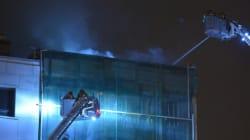 Incendie dans le Vieux-Montréal: un immeuble ravagé par les flammes pour la deuxième fois en moins d'un