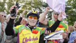 Il a battu le record du centenaire le plus rapide à vélo sur une