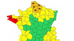 Le Finistère et le Morbihan en alerte rouge, 6 départements toujours en vigilance