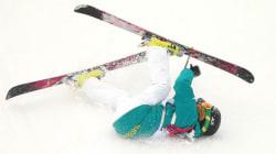 「見るからに危険」スキー女子スロープスタイルで転倒者続出
