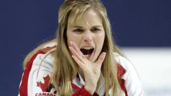 Curling féminin : le Canada bat la Russie et accède aux demi