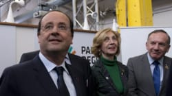 Hollande distribue des