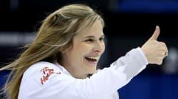 Le Canada a trimé dur vers un gain de 8-6 en curling