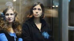 Deux Pussy Riot arrêtées puis relâchées à