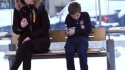 Auriez-vous donné votre manteau à ce petit garçon?